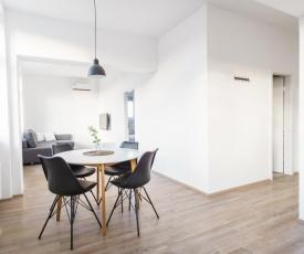 Newly renovated apartment near Park Tivoli with FREE parking