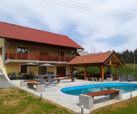 Lahinja & Kolpa river apartments